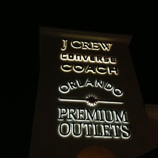 Photo taken at Orlando Vineland Premium Outlets by Hikmet Emre K. on 11/9/2012
