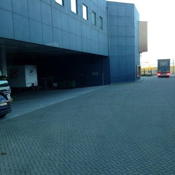 Photos at EGLO Verlichting Nederland BV - Oosterhout, Noord-Brabant