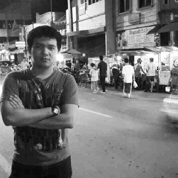 Photo taken at Kawasan Wisata Religi Makam Sunan Ampel by Prasetyo M. on 7/25/2013