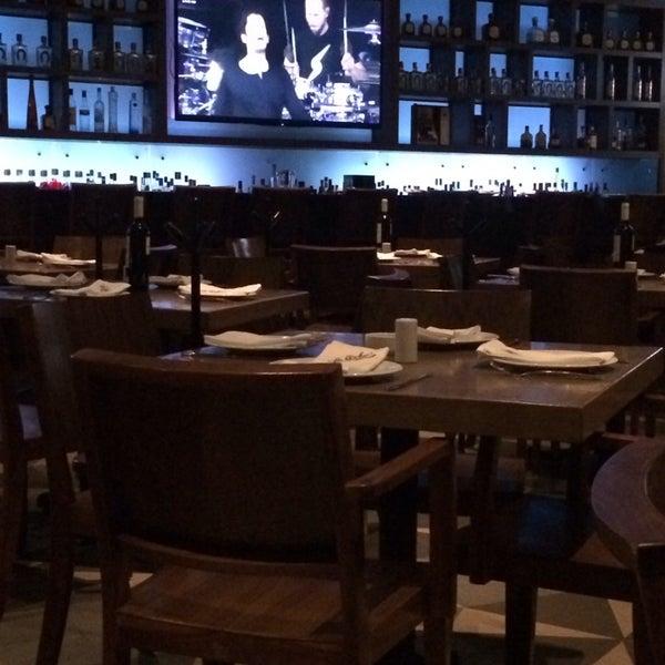 Снимок сделан в La Ocho Restaurante пользователем Jimena P. 1/23/2014