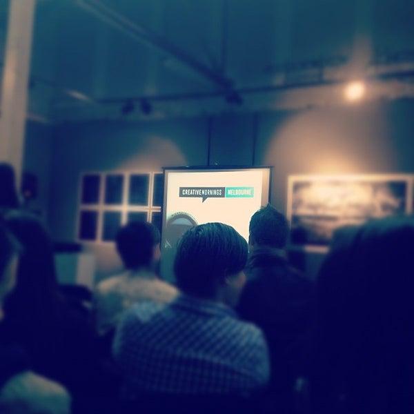 Photo prise au The Compound Interest: Centre for the Applied Arts par Shaun B. le10/25/2012