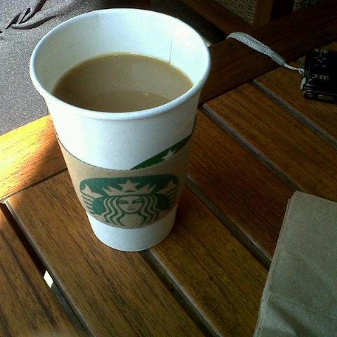 Photo taken at Starbucks by raul l. on 10/22/2012