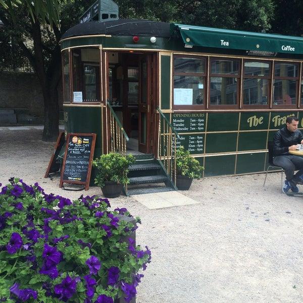 Снимок сделан в The Tram Café пользователем Áquila F. 8/13/2016