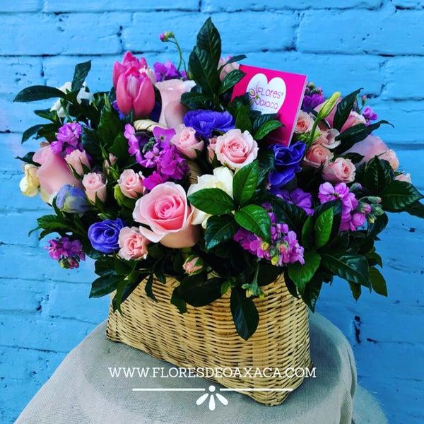 Déjanos un tip o reseña sobre lo que más aprecias de Flores de oaxaca y solicita un descuento especial para ti , válido todo el mes de abril 2018 😁❤️💐