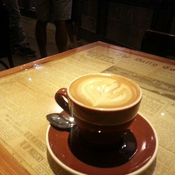 7/7/2013 tarihinde Ayodeji M.ziyaretçi tarafından Thinking Cup'de çekilen fotoğraf