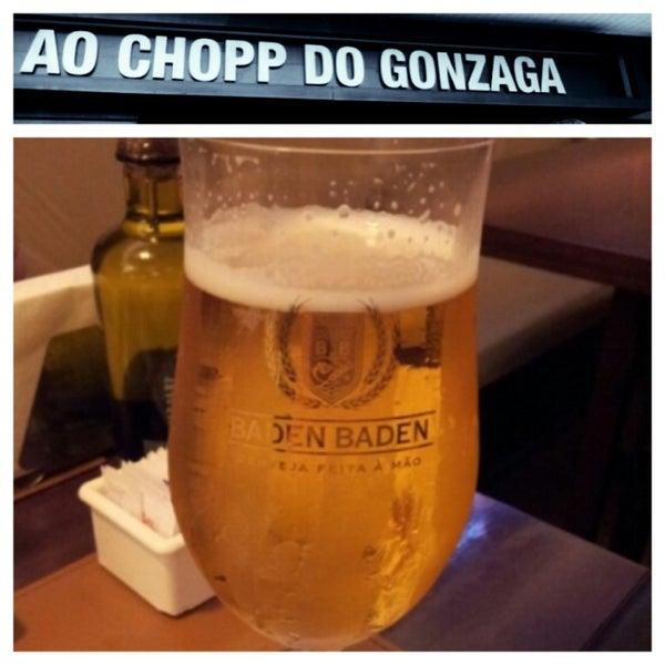 Foto tirada no(a) Ao Chopp do Gonzaga por Ana Paula S. em 8/11/2013