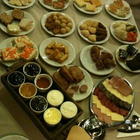 Foto tirada no(a) Bela Vista Café Colonial por Christiane M. em 11/12/2012