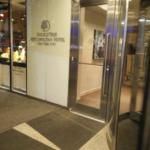 Photo taken at DoubleTree by Hilton Hotel Metropolitan - New York City by Danny P. on 3/12/2015