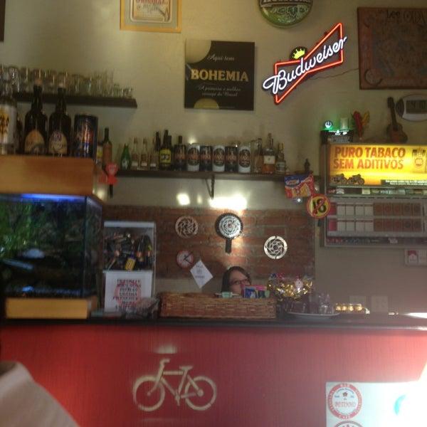 Foto tirada no(a) Bar do Betinho por Giulia L. em 7/13/2013