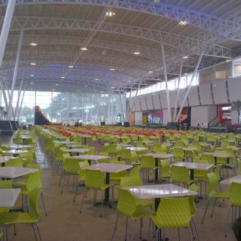Foto tomada en C.C. Parque Los Aviadores por Jose C. el 12/25/2012