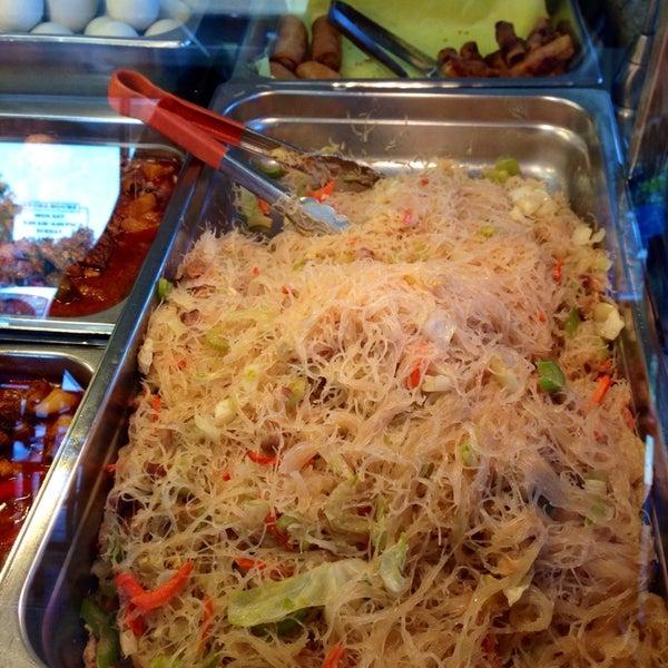 Photo taken at JNC Pinoy Foodmart Inc by Harvey C. on 10/11/2013