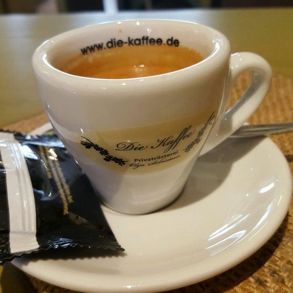 Das Foto wurde bei Die Kaffee Privatrösterei von Péter V. am 2/9/2017 aufgenommen