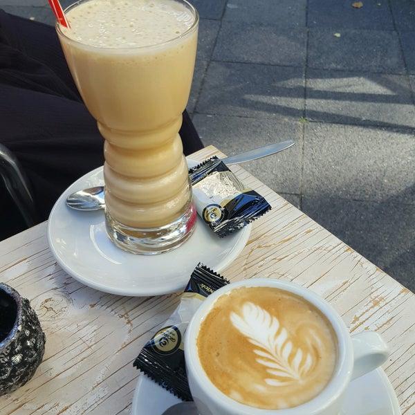 Das Foto wurde bei Die Kaffee Privatrösterei von Péter V. am 8/24/2016 aufgenommen