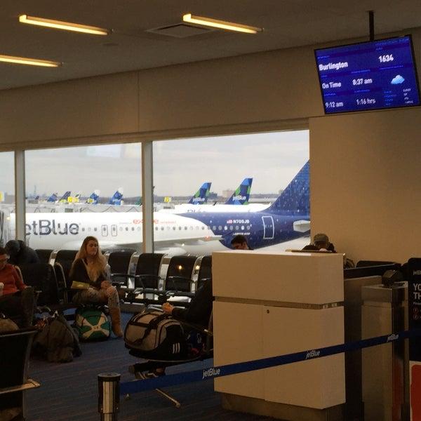 Photo taken at Gate 20 by Dana I. on 12/20/2014