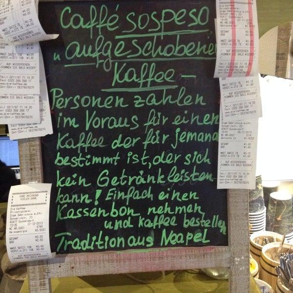 Das Foto wurde bei Die Kaffee Privatrösterei von Markus K. am 12/7/2013 aufgenommen