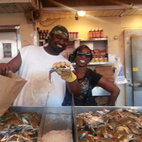 Photo taken at Phillips Seafood by DM on 7/23/2013