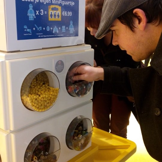 Photo taken at LEGO Store by Isabelle G. on 1/16/2015