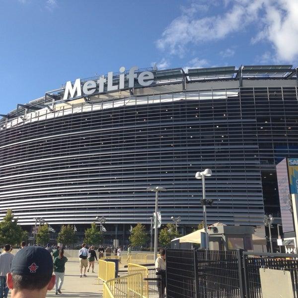 Photo taken at MetLife Stadium by Gianni W. on 9/22/2013