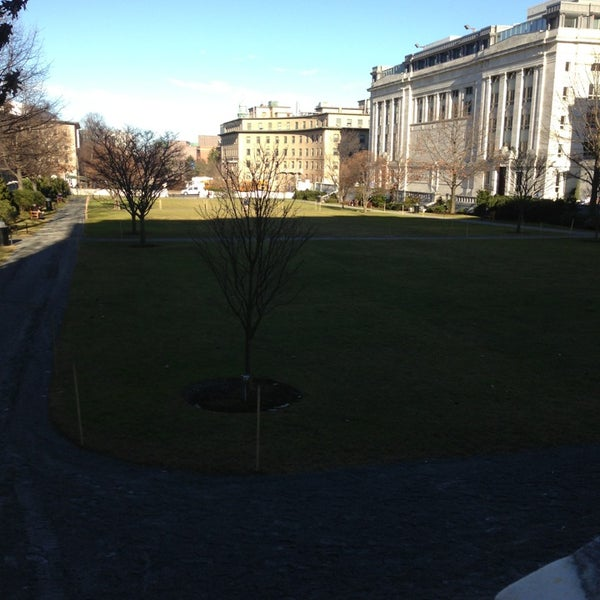 Photo taken at Harvard Medical School Quadrangle by Jason M. on 1/14/2013