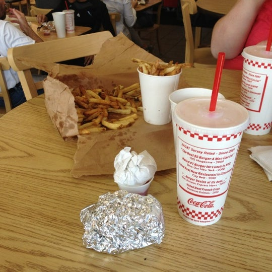 Photo taken at Five Guys by Melissa W. on 10/27/2012