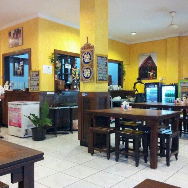 Photo taken at Phuket Thai Resto by Mike B. on 3/24/2013