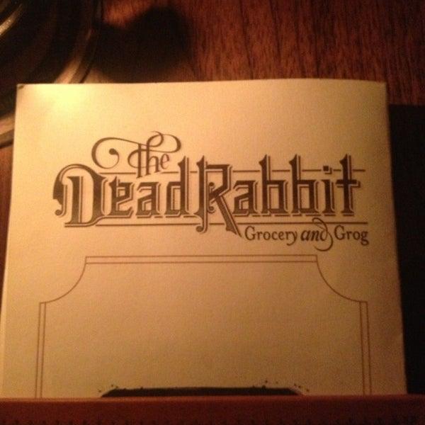 Foto tomada en The Dead Rabbit por Tami K. el 3/15/2013