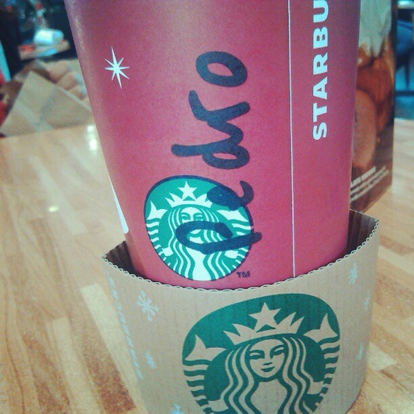 Photo taken at Starbucks by Pedro M. on 11/25/2012