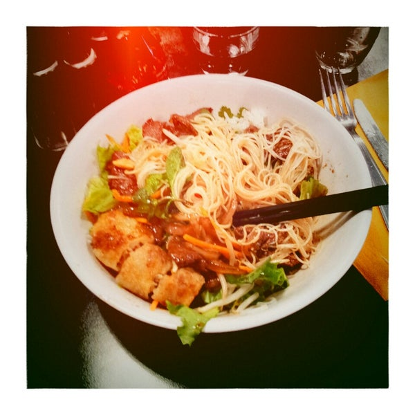 Restaurant Vietnamien Rue Alibert