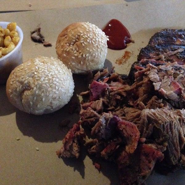 Foto tomada en Pinche Gringo BBQ Patio por Jorge C. el 9/12/2014