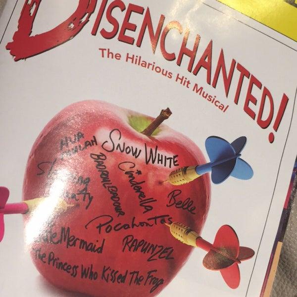 Снимок сделан в Broadway Playhouse пользователем Sarah M. 5/29/2016