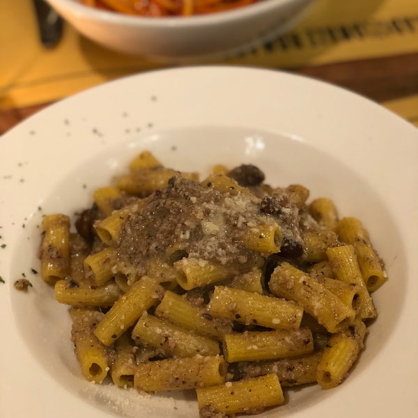 The pasta was perfectly aldente. Really good flavor, can't recommend it enough. Also it is a nice place with Italian Ambiente and pretty interior.