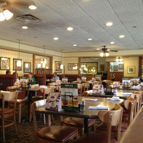 American Restaurant: Perkins Restaurant & Bakery