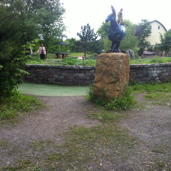 Photo taken at Big Stone Mini Golf & Sculpture Garden by Chase S. on 6/7/2013