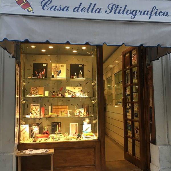 Casa della stilografica mercato centrale firenze toscana for Casa della piastrella firenze