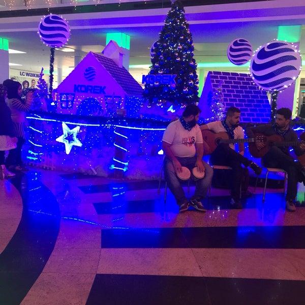12/24/2016 tarihinde Veli B.ziyaretçi tarafından Family Mall'de çekilen fotoğraf