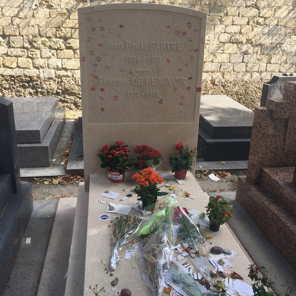Das Foto wurde bei Tombe de Jean Paul Sartre & Simone de Beauvoir von Tobias S. am 8/20/2017 aufgenommen