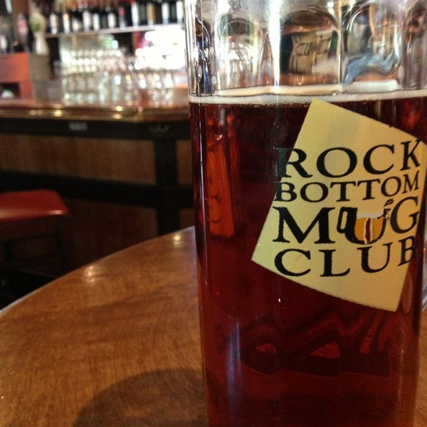 Photo taken at Rock Bottom Restaurant & Brewery by Michael D. R. on 3/23/2013