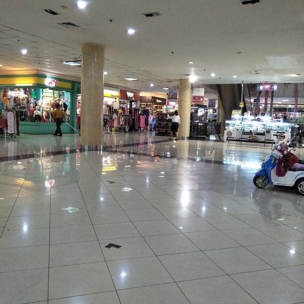 Photo taken at Bandung Trade Centre - BTC Fashion Mall by umminya a. on 8/21/2017