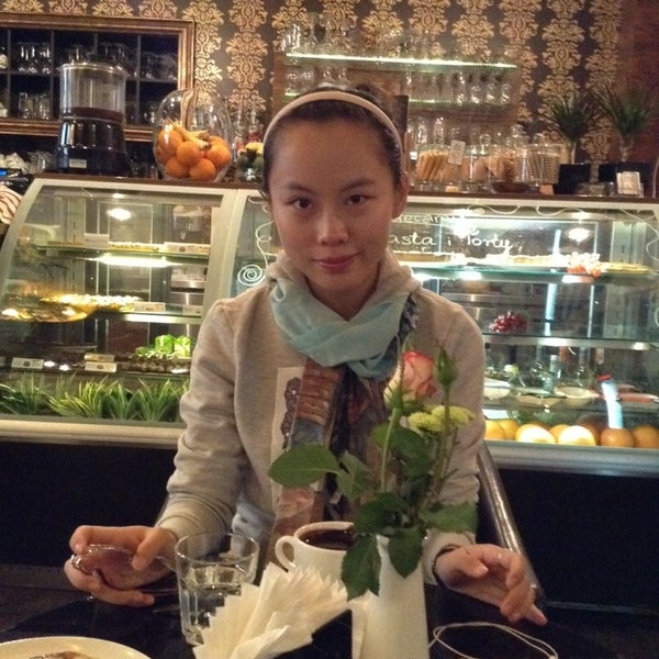 Photo taken at Choco Cafe by Na Y. on 9/30/2013