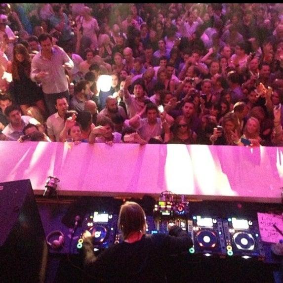 Photo taken at LIV Miami by Ben O. on 5/26/2013