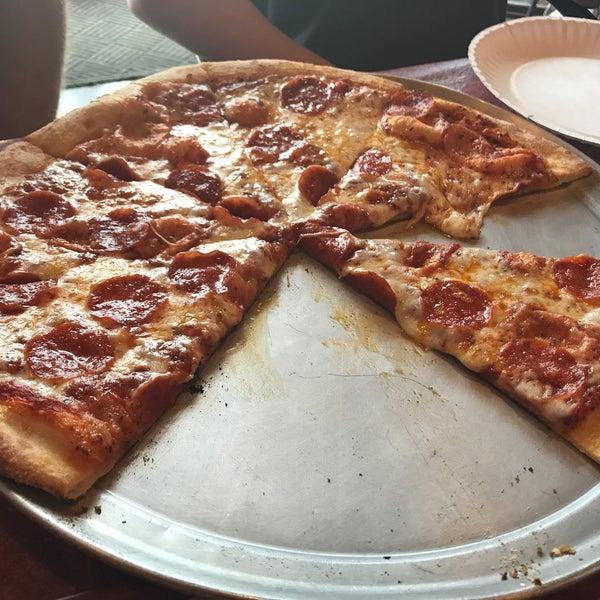 Photo taken at Zeffiro New York Pizza by Gary M. on 7/3/2017