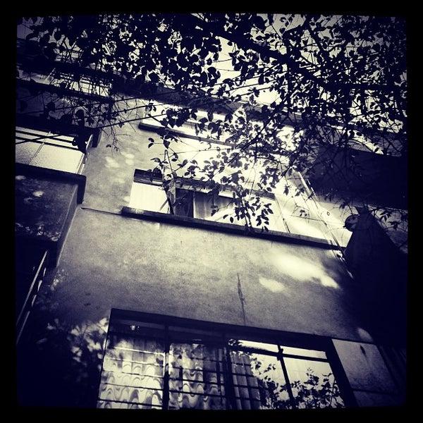 Photo taken at Bajo Fondo by Jorge Alberto T. on 1/28/2013