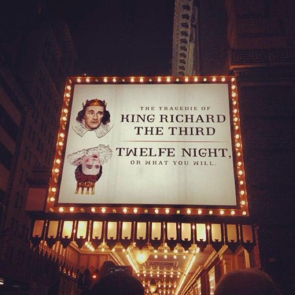 รูปภาพถ่ายที่ Belasco Theatre โดย Ashley C. เมื่อ 11/14/2013