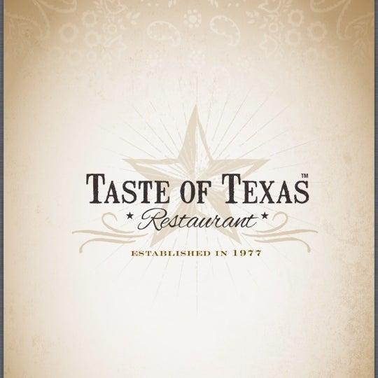 Foto tomada en Taste of Texas por CRATEinteriors el 4/17/2013