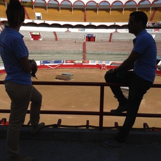 Foto tomada en Plaza de Toros Nuevo Progreso por Cheo H. el 11/27/2012