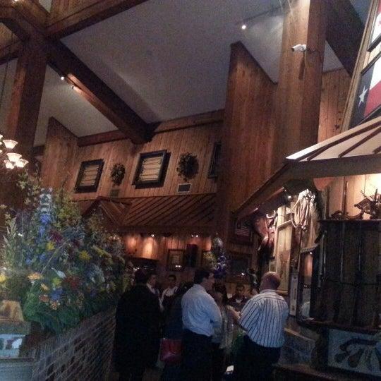 Foto tomada en Taste of Texas por Steven C. el 2/20/2013