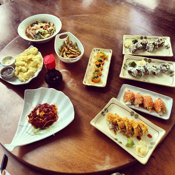 Photo taken at SushiCo by znpasli on 8/26/2013