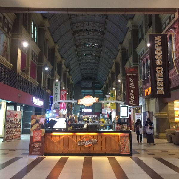 Photo taken at Nagoya Hill Food Street by A H. on 3/16/2017