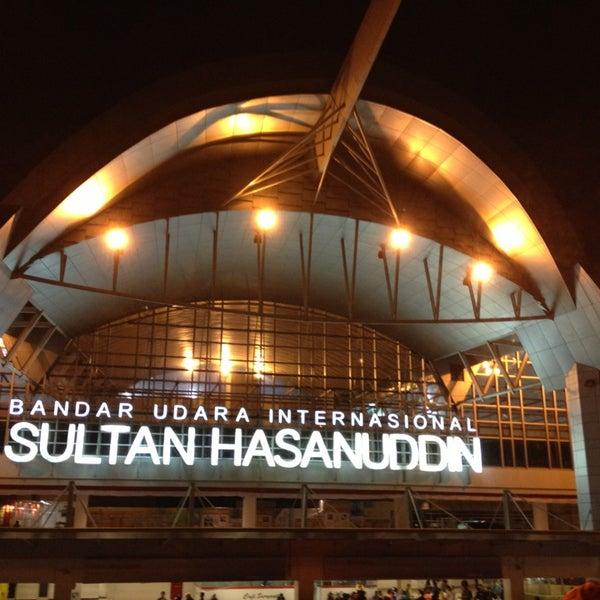 Photo taken at Sultan Hasanuddin International Airport (UPG) by Gunawan on 8/5/2013