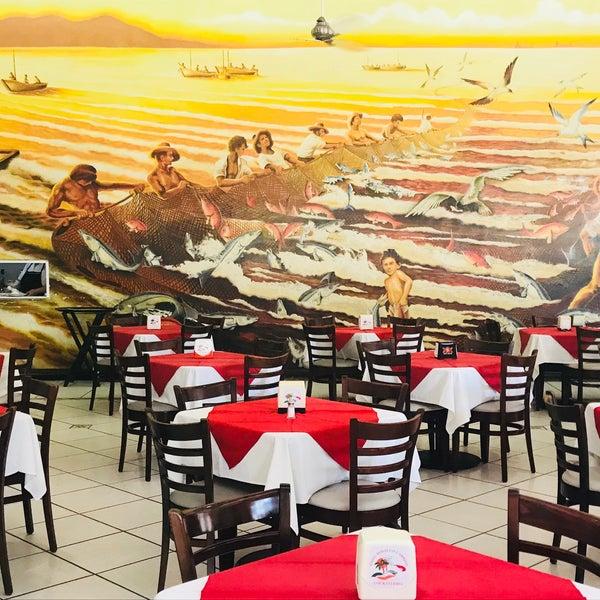 Photo taken at Restaurante Hnos. Hidalgo Carrion by Marcela M. on 10/25/2017